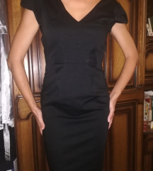 Kis fekete midi térdig érő ruha XS