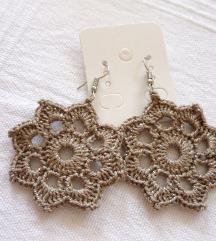 Csodás ezüst-drapp mandala virág fülbevaló ❤