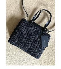 Zara fekete natúr szalma táska