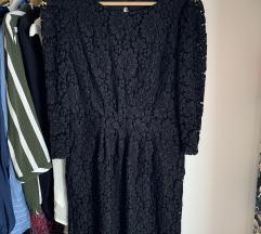 Csipkés fekete alkalmi ruha