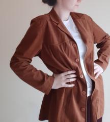 barna színű női blézer