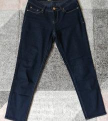 Sötétkék skinny jeans