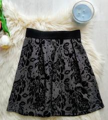 Gloria Jeans texturált anyagú téli szoknya XS