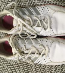 Bőr edzőcipő