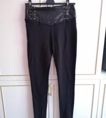 Fekete dögös leggings
