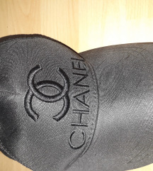 Chanel sapka