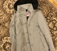 Szürke meleg kabát