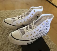 Fehér Converse