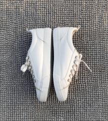 Fehér női cipő