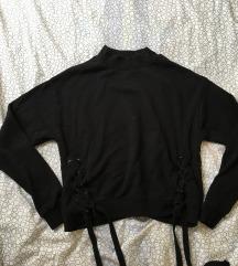 Fűzős fekete cropped pulcsi XS-M