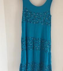 Kék virágos ruha