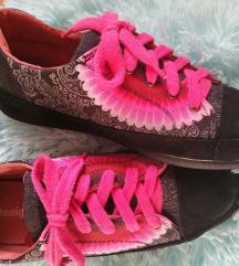 Desigual cipő 38as