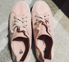 Cimkés H&M cipő