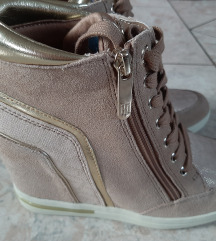 Új tommy hilfiger 37es cipő