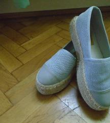 Kékesszürke topánka