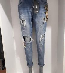Toxik 3 szaggatott mom jeans