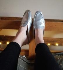ÚJ ezüst PRIMARK hátul nyitott loafer papucscipő