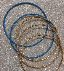 Arany és kék karkötő