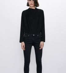 Zara 34-es fekete farmer, rojtos szárvéggel