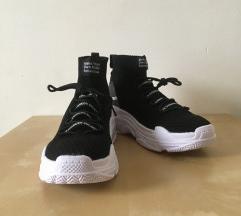 Férfi utcai cipő eladó