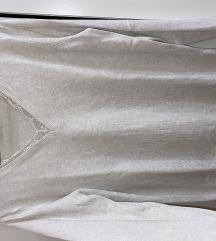 Bézs színű, csipke berakásos pulóver