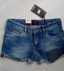 Új, címkés Crocker patchwork shorts 28/M