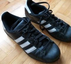 Férfi adidas cipő