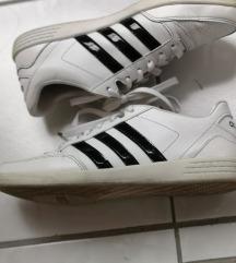 Adidas női sportcipő eladő