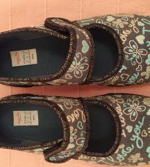 36-os Superfit vászoncipő eladó