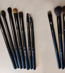 BH Cosmetics Smokey Eye Essential +3 ajándék ecset