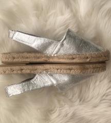 stradivarius ezüst espadrilles
