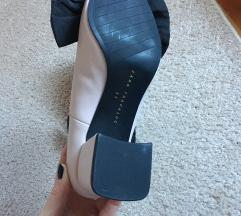 ZARA cipő (SOSEM VISELT)!!!! , POSTAKÖLTSÉG NINCS.