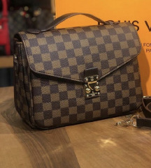Louis Vuitton Metis táska