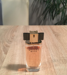 Estee Lauder Modern Muse Chic parfüm