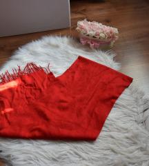 Piros plüss sál