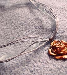 🌹 Egyedi tervezésű rózsás nyaklánc 🌹
