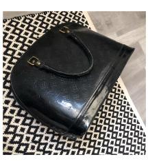 'LouisVuitton' táska