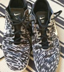 Nike Free Run 5.0 (38-39)