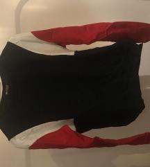 színes pulóver