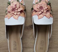 Fehér virágos papucscipő Raid/Asos