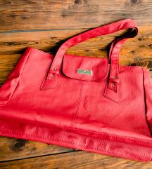 LEÁRAZVA Daniel Hechter  piros táska, új.
