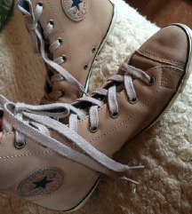 36os Converse cipő