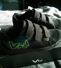 Fiú cipő