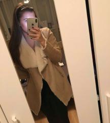 BERSHKA irha kabát XS