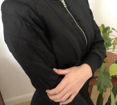 Fekete pufi női télikabát, Szentendre gardrobcsere.hu