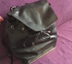 Hàti táska