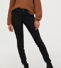 H&M-es fekete szuperszteccs nadrág