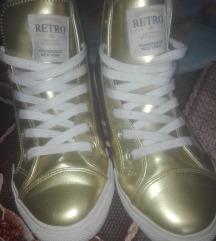 Eredeti limitált kiadású retrojeans cipő