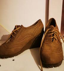 35-ös őszi cipő