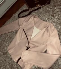 Rózsaszín bőrkabát